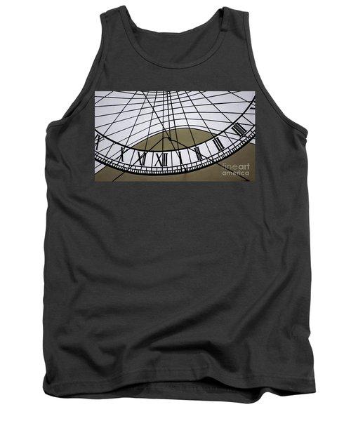 Vertical Sundial - Vertikale Sonnenuhr Tank Top