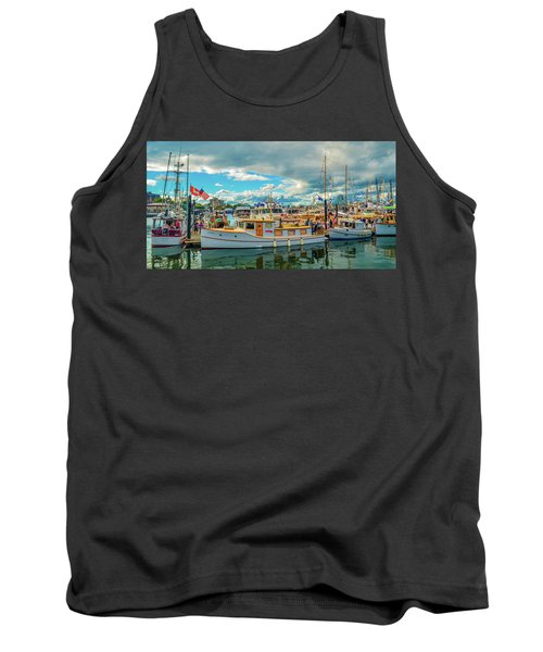 Victoria Harbor Old Boats Tank Top