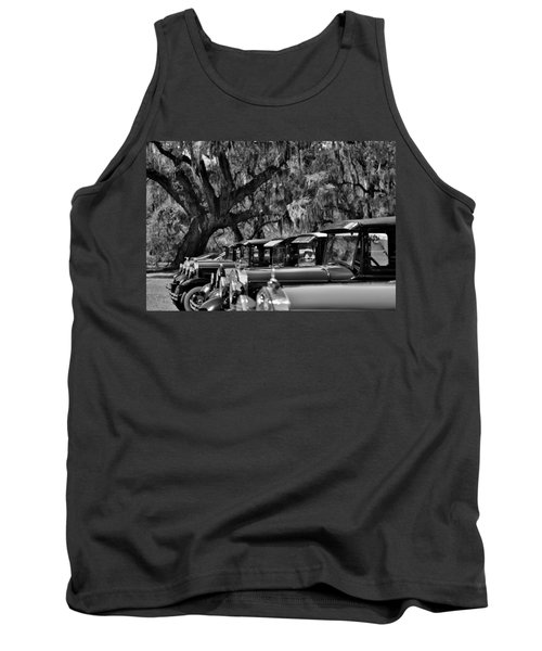 Vintage Ford Line-up At Magnolia Plantation - Charleston Sc Tank Top