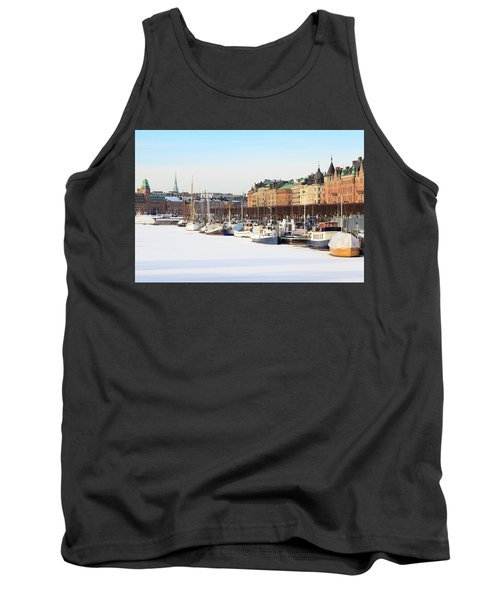 Tank Top featuring the photograph Waiting Out Winter by David Chandler