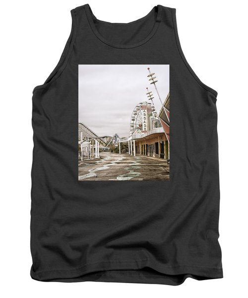Tank Top featuring the photograph Walkway To The Arcade by Andy Crawford