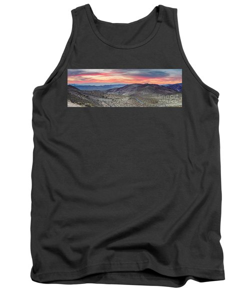 Watching The Sunrise From Dante's View - Black Mountains Death Valley National Park California Tank Top