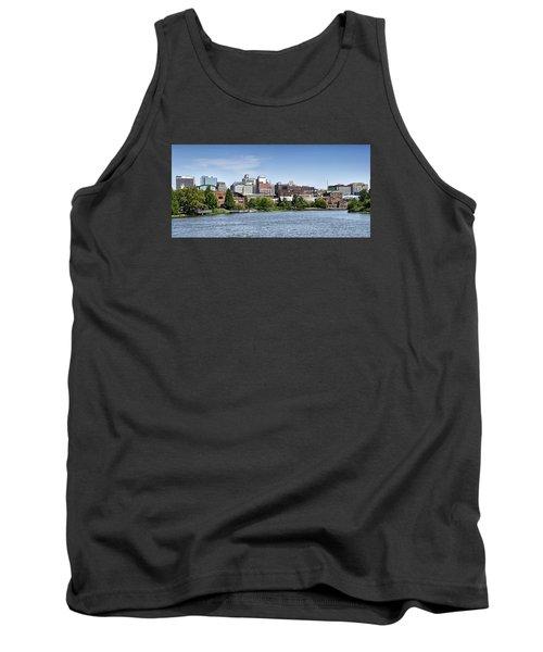 Wilmington Delaware Skyline Tank Top
