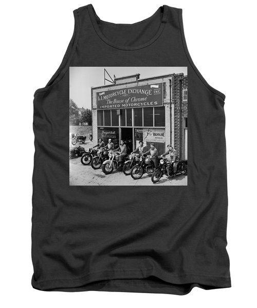 The Motor Maids Of America Outside The Shop They Used As Their Headquarters, 1950. Tank Top