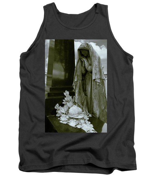 A Soliders Grave Tank Top