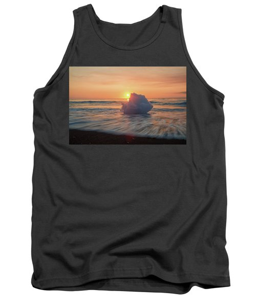 Diamond Beach Sunrise Iceland Tank Top