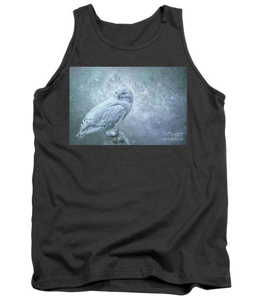 Snowy Owl In Winter Tank Top