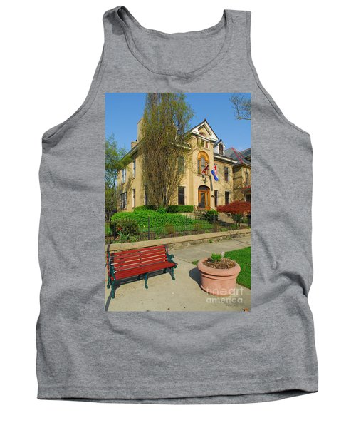 D47l-14 Victorian Village Photo Tank Top