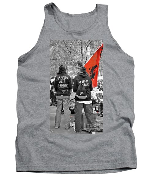 Tank Top featuring the photograph Che At Occupy Wall Street by Lilliana Mendez