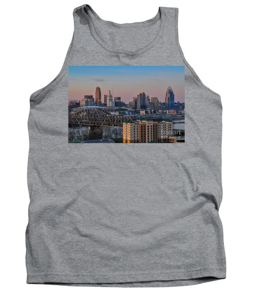 D9u-876 Cincinnati Ohio Skyline Photo Tank Top