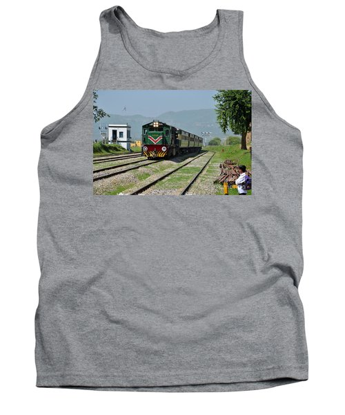Tank Top featuring the photograph Diesel Electric Locomotive Speeds Past Student by Imran Ahmed