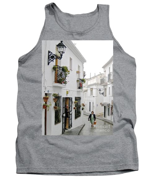 Tank Top featuring the photograph Dinner Delivery by Suzanne Oesterling