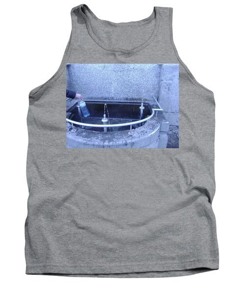 Fresh Water Tank Top