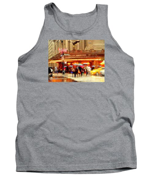 Grand Central Station In The Rain - New York Tank Top