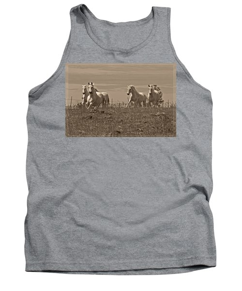 Tank Top featuring the photograph In The Field D5959 by Wes and Dotty Weber