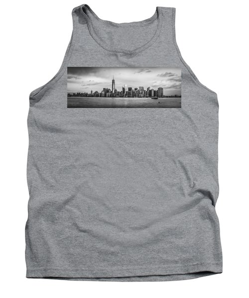 Manhattan Skyline Black And White Tank Top