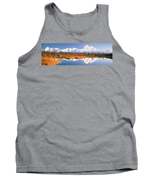 Pond, Alaska Range, Denali National Tank Top