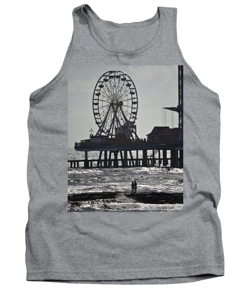 Surfer And Lovers At Pleasure Pier Tank Top