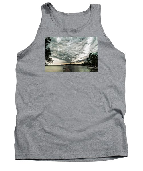 Turbulent Airflow Tank Top