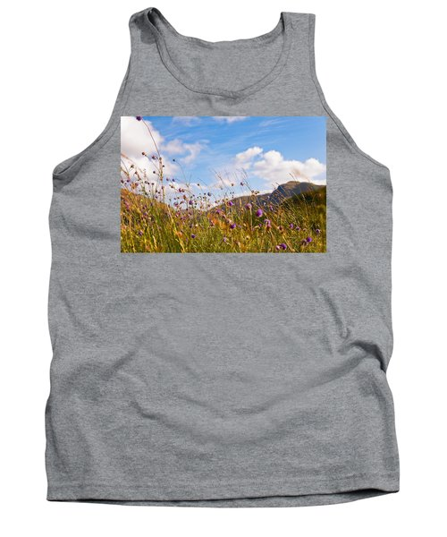 When The Sun Is Shining Everything Around Smiling Towards. Scotland Tank Top