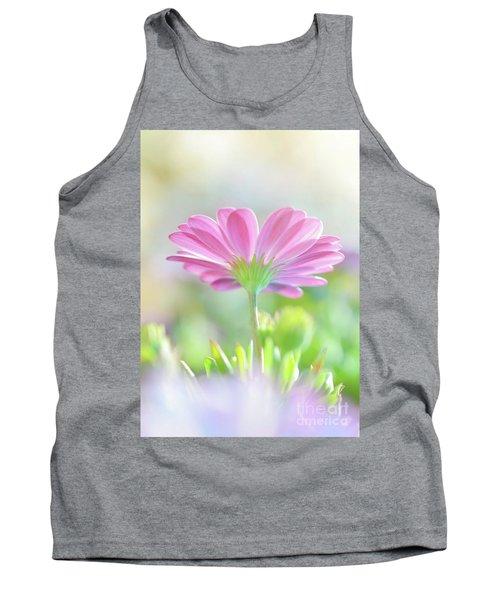 Beautiful Daisy Flower Tank Top