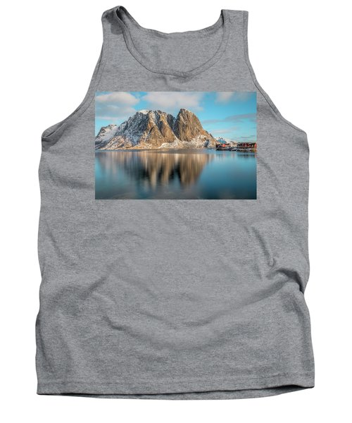 Reine, Lofoten - Norway Tank Top