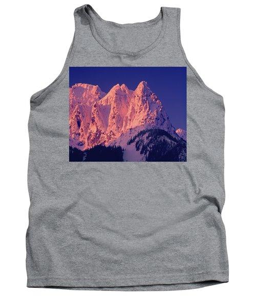 1m4503-a Three Peaks Of Mt. Index At Sunrise Tank Top