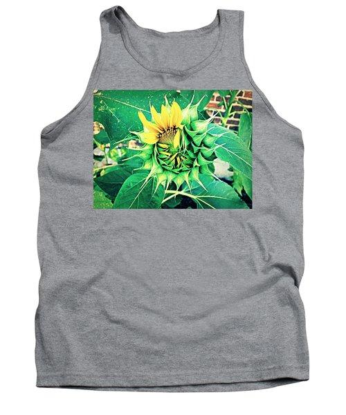Peeping Sunflower Tank Top