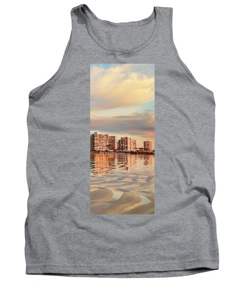 Afloat 6x14 Panel 5 Tank Top