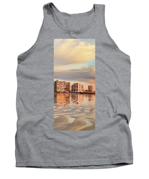 Afloat Panel 5 16x Tank Top