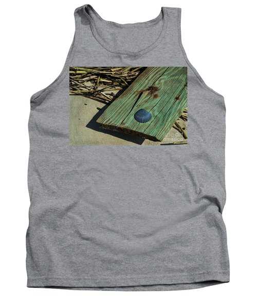 Black Shell On Green Wood Tank Top