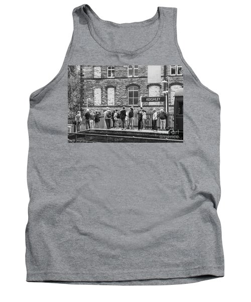 Busy Waiting Tank Top by David  Hollingworth