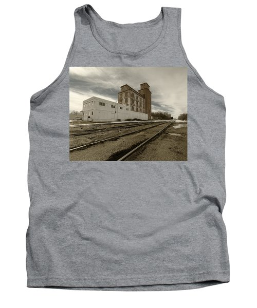 Circle B Feeds Concordia Kansas Tank Top