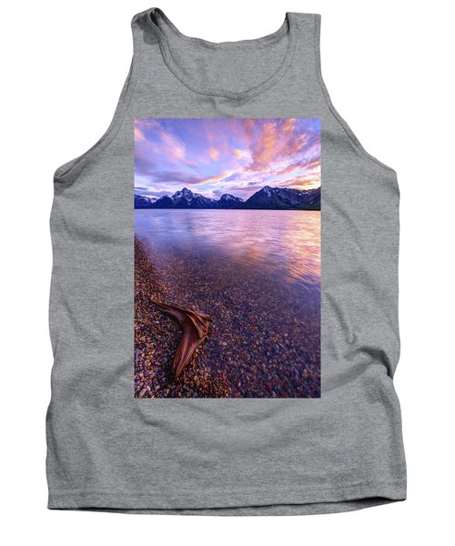 Clouds And Wind Tank Top