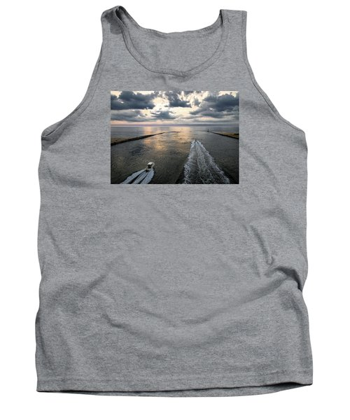 Dawn Race To The Fish Tank Top