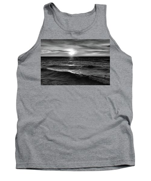 December 20-2016 Sunrise At Oro Station Bw  Tank Top