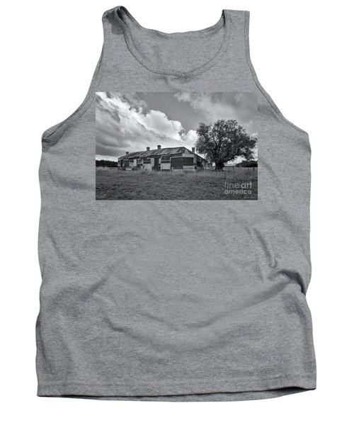 Tank Top featuring the photograph Duckholes Hotel by Linda Lees