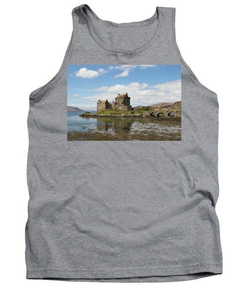 Eilean Donan Castle - Scotland Tank Top