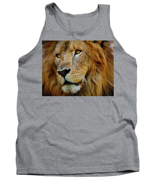 Tank Top featuring the photograph El Rey by Skip Hunt