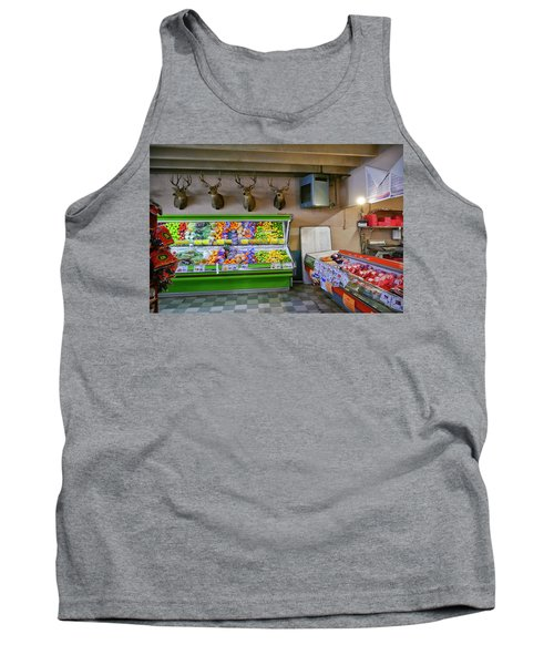 Tank Top featuring the photograph Heads Of State by Skip Hunt