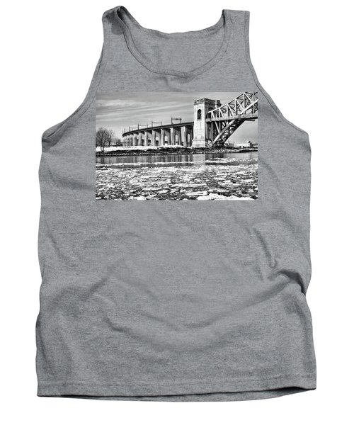 Ice Flows On The East River Tank Top