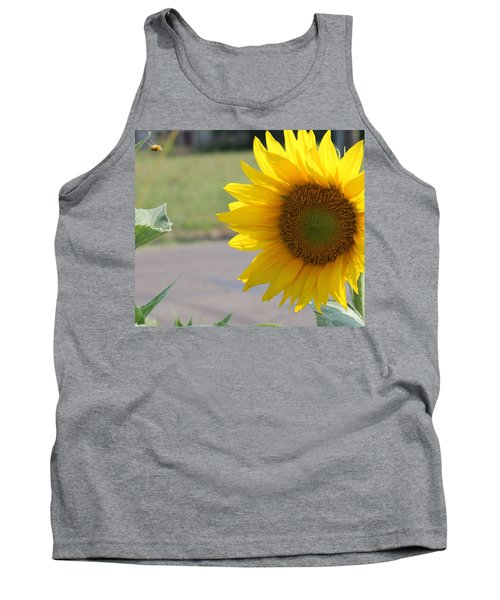 Incoming Bee Tank Top