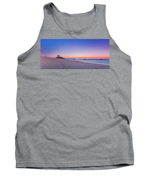Looking Into The Distance Tank Top