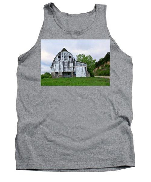 Mcgregor Iowa Barn Tank Top