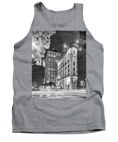 Night Photograph Of The Flatiron Or Saunders Triangle Building - Downtown Fort Worth - Texas Tank Top