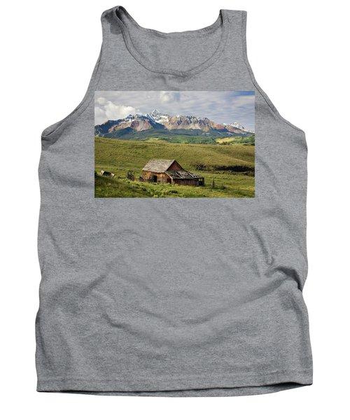 Old Barn And Wilson Peak Horizontal Tank Top