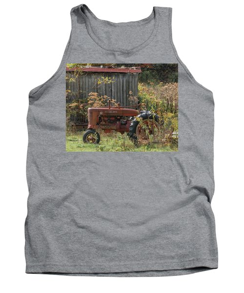 Old Tractor On The Farm. Tank Top