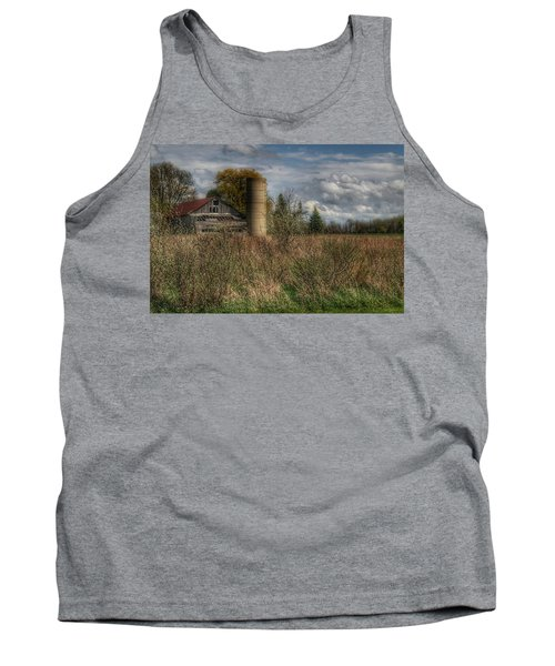 0034 - Old Wooden Barn And Silo Tank Top