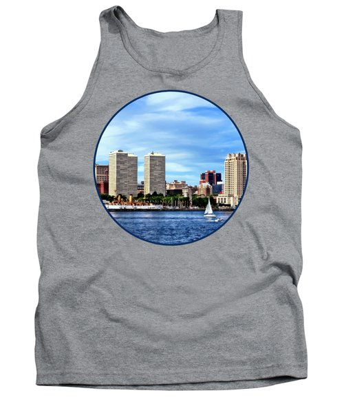 Philadelphia Pa Skyline Tank Top