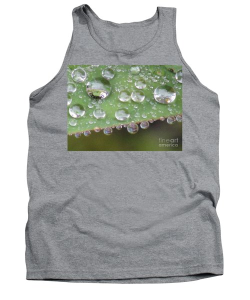 Raindrops On Leaf. Tank Top by Kim Tran